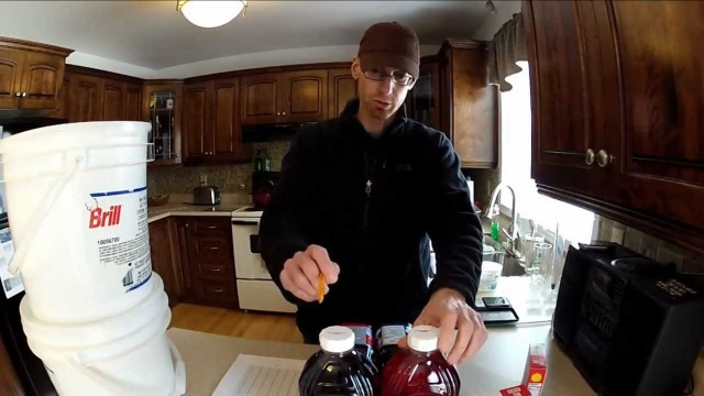 Brewing more fruit wine! Tips in under 5 min