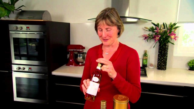 De Bortoli Wines: Noble One Food Matching Tips by Leanne De Bortoli