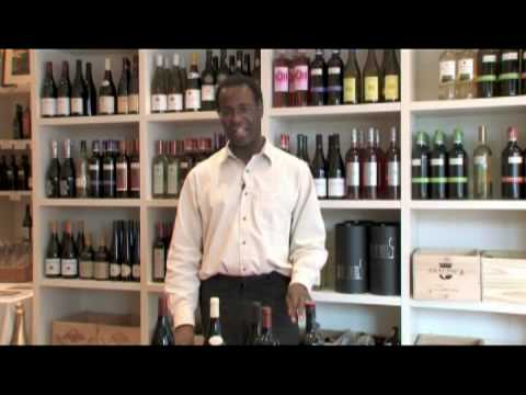 Wine Types & Selection Tips : Choose a Red Wine