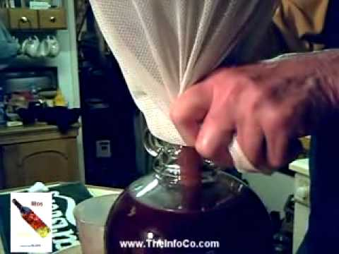 How to make wine – Elderberry and Blackberry by TheInfoCo.com